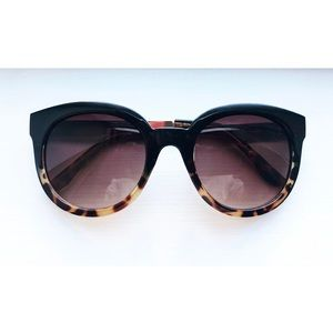 Brown & gold tortoise round sunglasses
